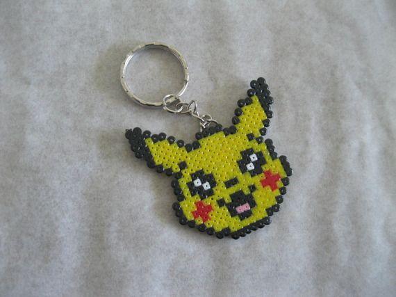 porte clé pixel art pikachu (perles à repasser hama) … | pinteres…