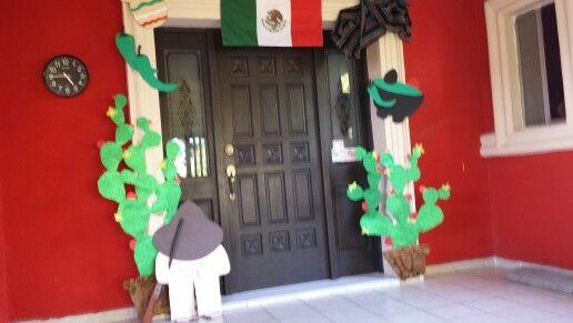 Decoraci n de entreda 15 de septiembre en colegio ideas for Puertas decoradas 16 de septiembre
