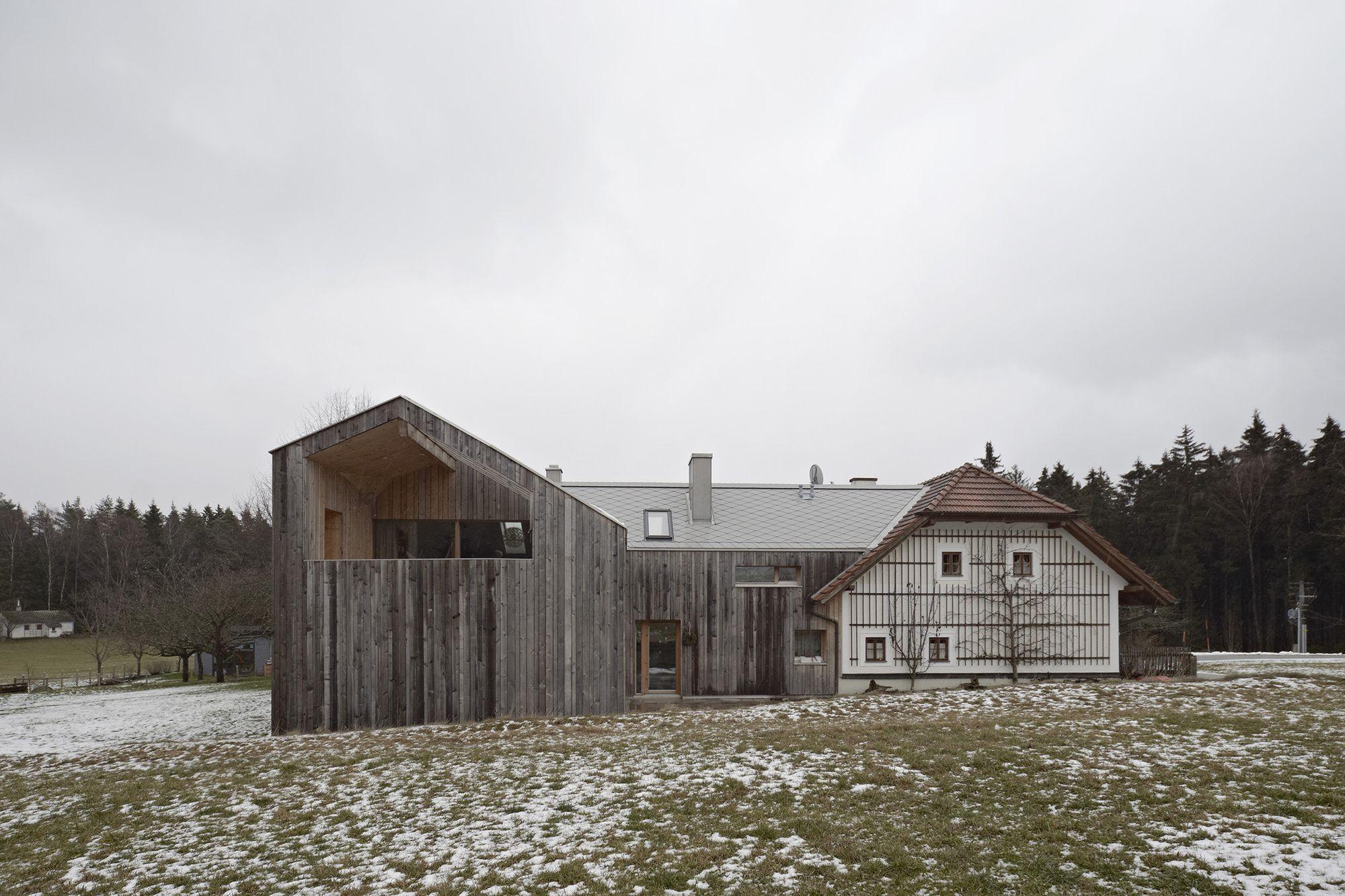 Farmhouse Extension / HPSA | ArchDaily