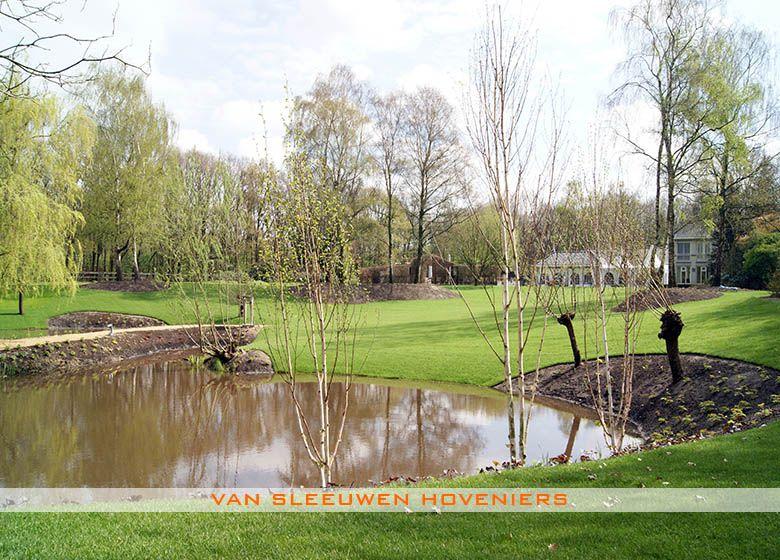 Hedendaags Landschappelijke tuin, ontwerp & aanleg door Van Sleeuwen ZH-61