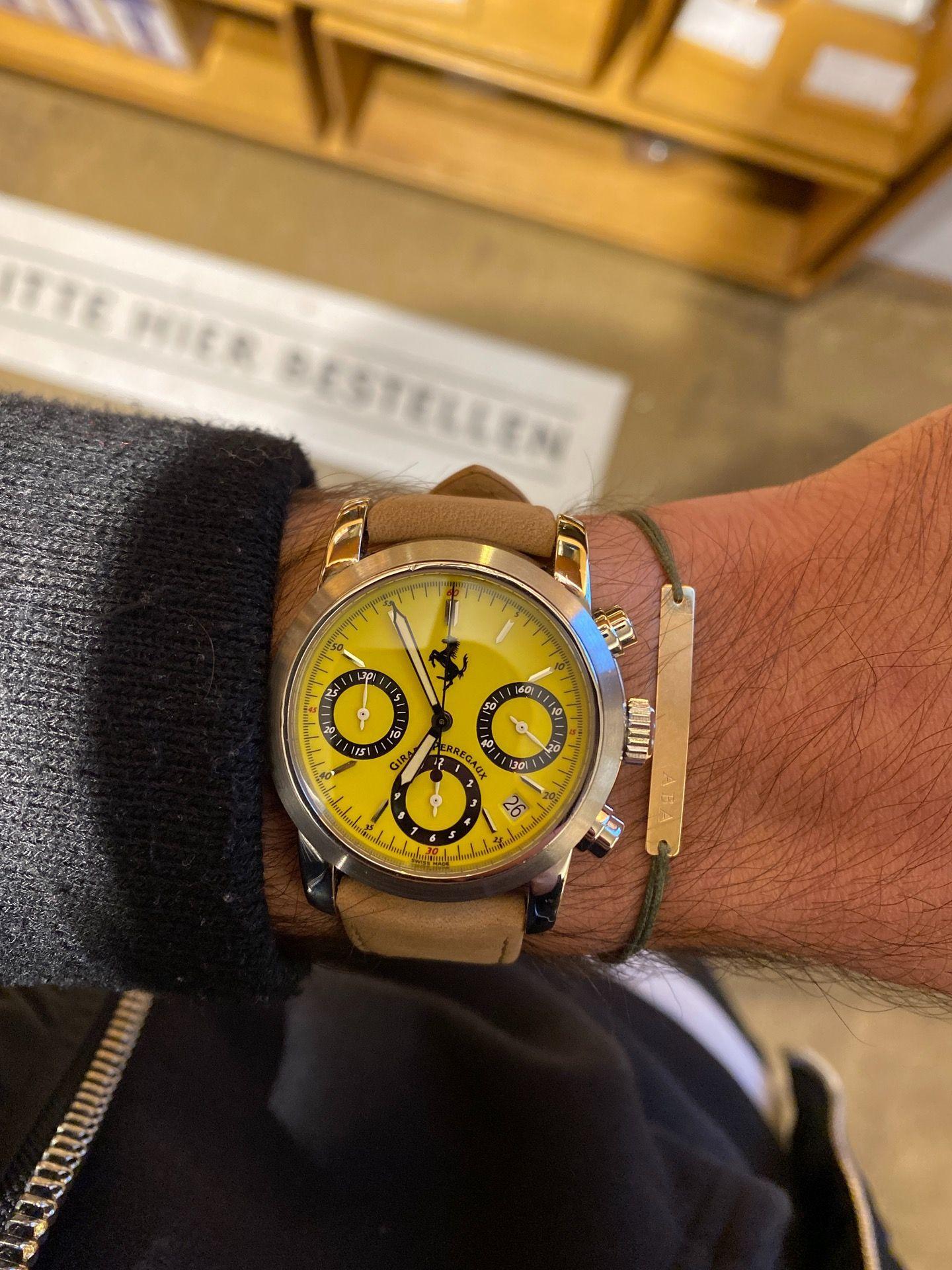 Verkauf Girard Perregeaux Chronograph Ferrari Thewristgang In 2020 Ferrari Uhren Verkauf