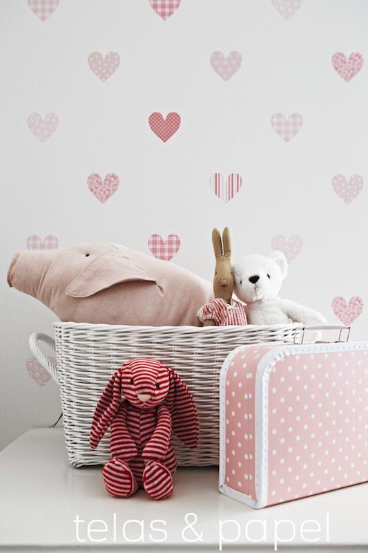 Papel pintado infantil corazones estampados en fresas - Papel pintado bebe nina ...