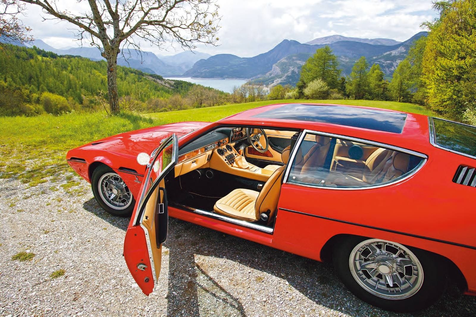 Lamborghini Espada series II, Japan, right sided.