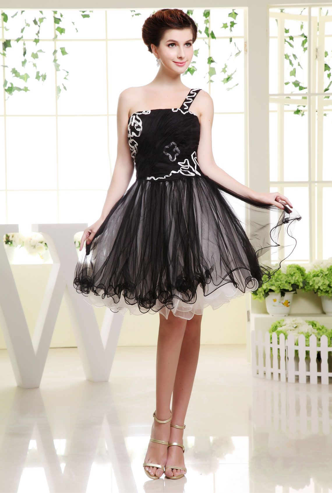 Cute Black Prom Dresses 2015