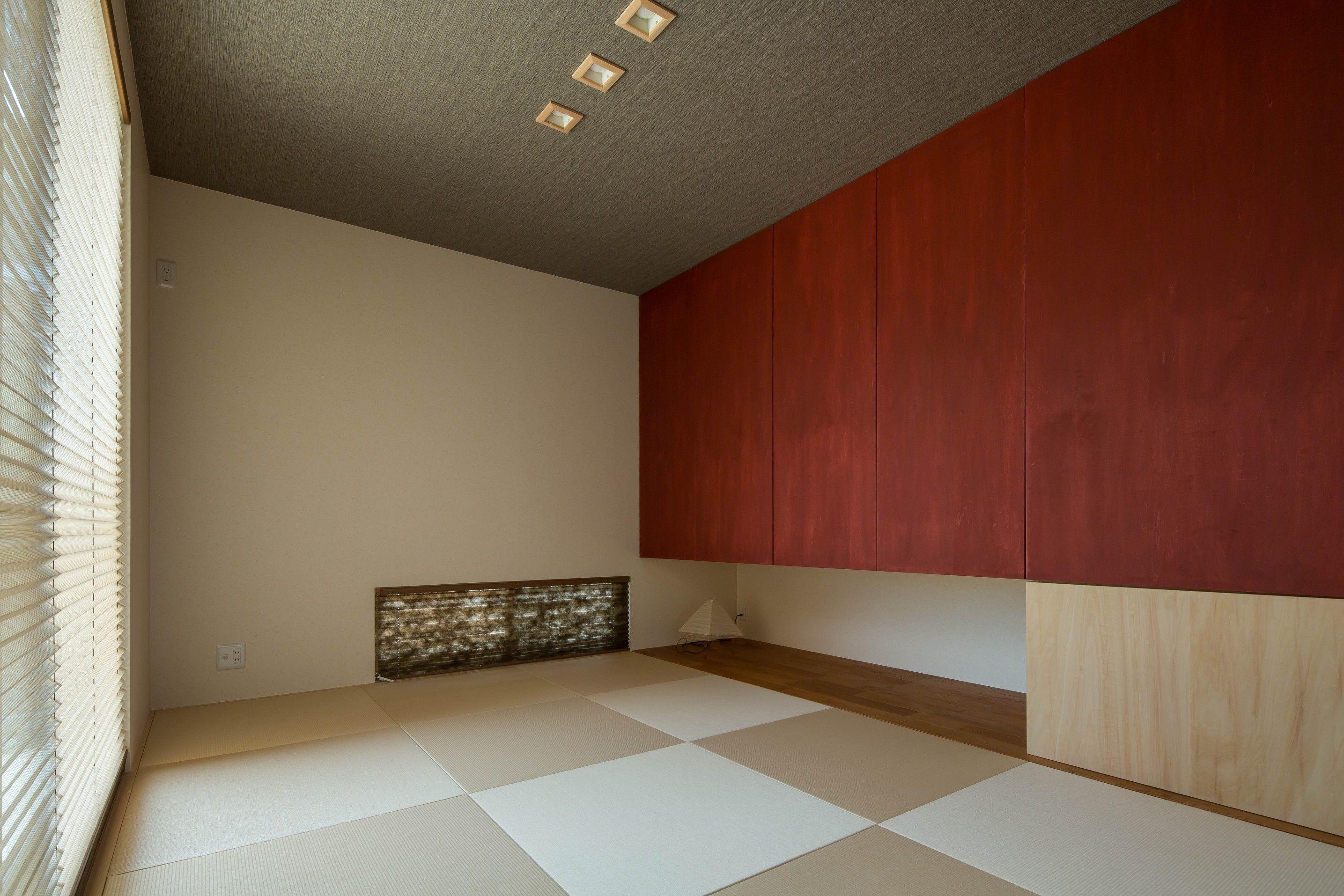 和とモダンのバランスがほど良い和室 うれしい大収納が活躍します