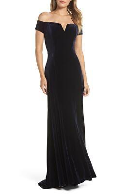 51b0c4fd169 VINCE CAMUTO Designer Notch Neck Velvet Off The Shoulder Gown ...