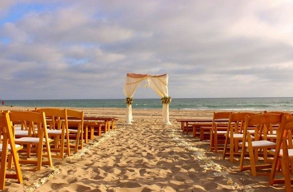 Verandas Beach House Manhattan Beach Wedding Ceremony Reception Ven Beach Wedding Locations Wedding Venues California Los Angeles Los Angeles Beach Wedding