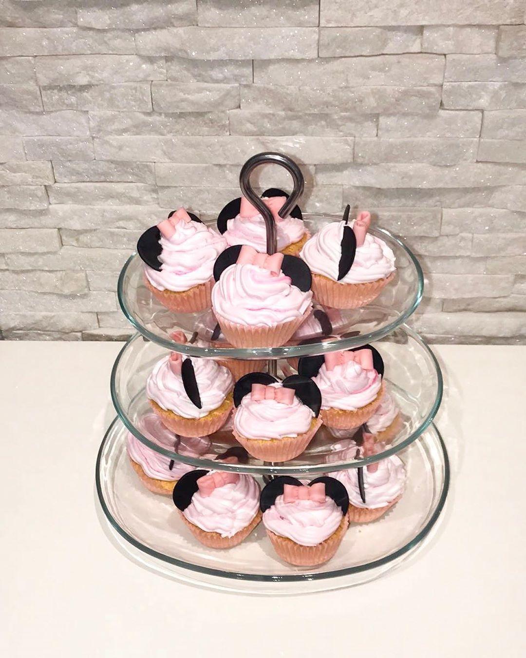 Heute mal keine Torte dafür leckere Cupcakes im Minnie