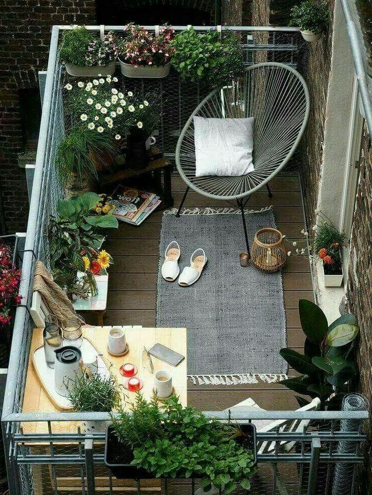 38 + Gemütliche kleine Wohnung Balkon Dekorieren Ideen mit kleinem Budget #apartmentbalconydecorating