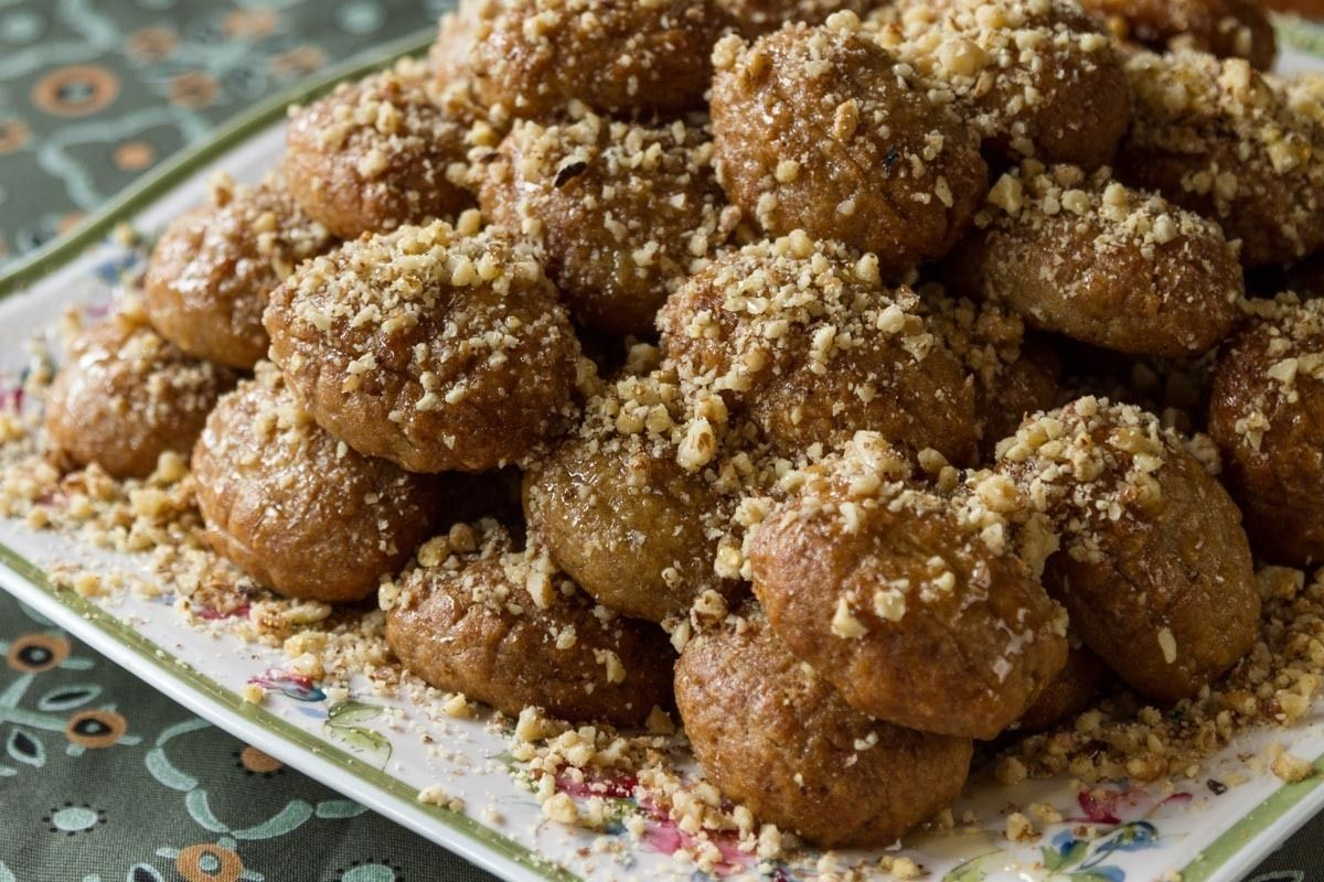 Aki's Greek Christmas Honey Cookies- Melomakarona - by Greek chef Akis Petretzikis. Wonderful aromatic, spiced cookies with honey that are like little cakes!