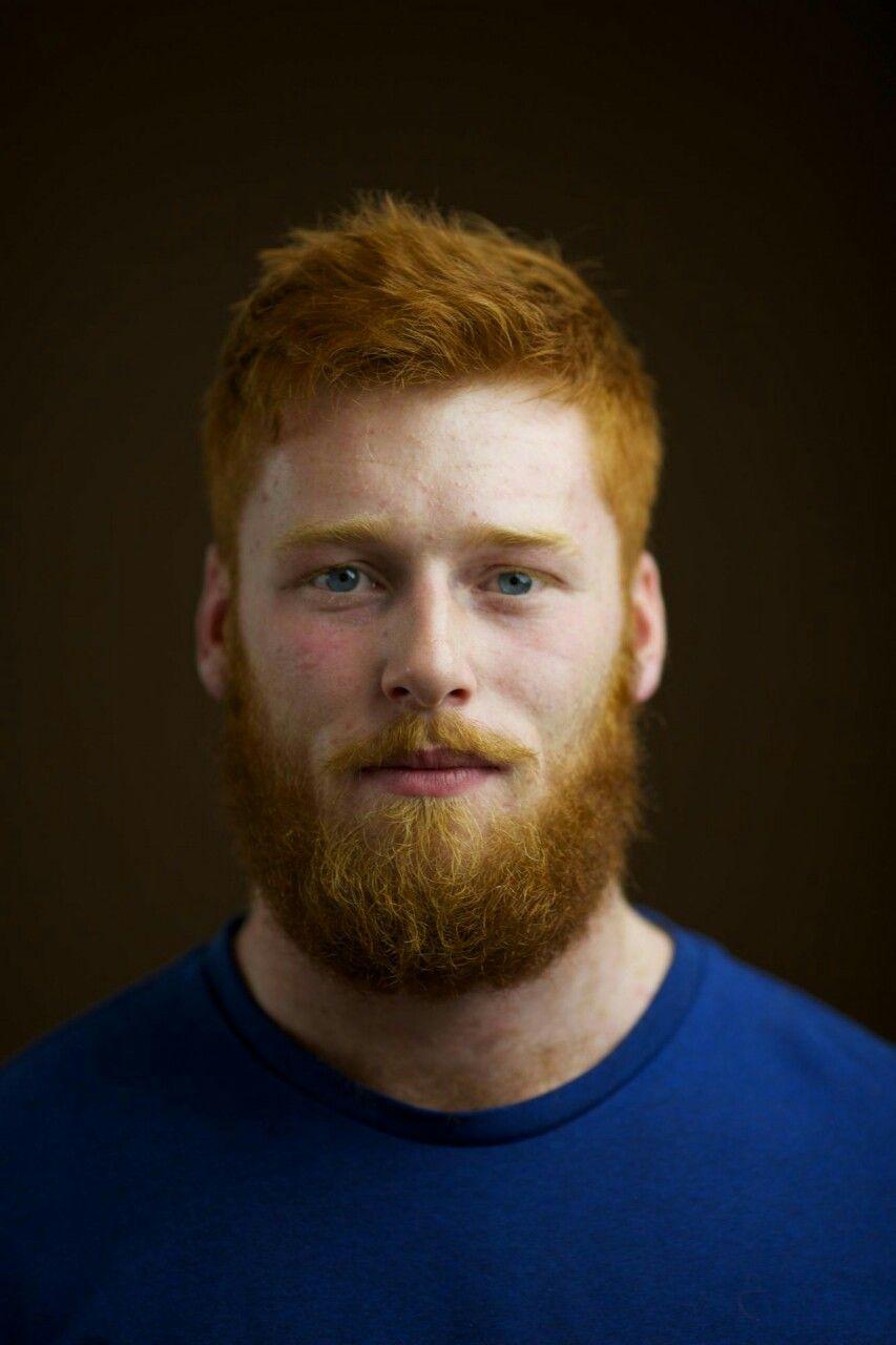 Roter bart und braune haare
