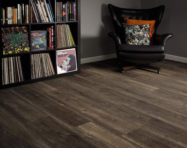 Wood flooring made from Reclaimed Oak from Amtico ...