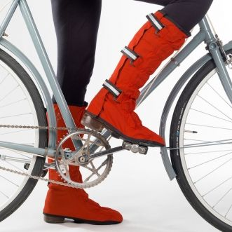 Not usually necessary in Southern California, but would be very necessary back in Wisconsin. Attractive/functional overshoes. Dublin Leggits in Red - via Cyclechic.