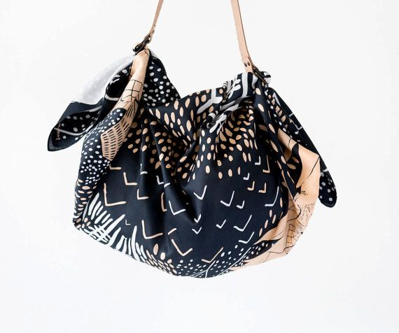 The Link Collective – Mountain Blossom Midnight Blue Carry Bag – TdM Gift Guide: The Best of Etsy
