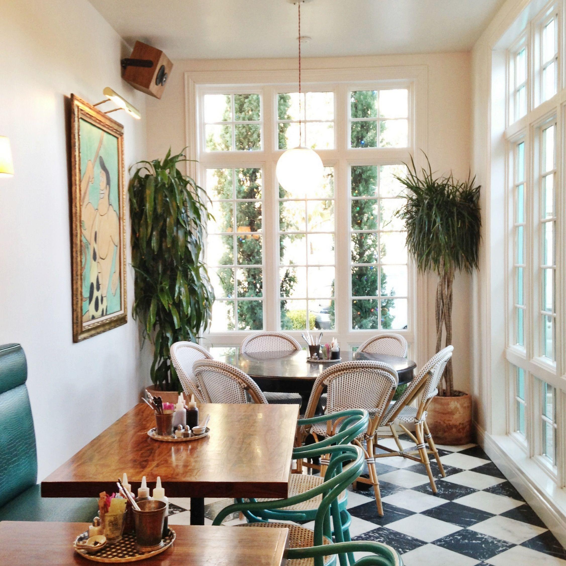 Elizabeth Street Cafe, Austin, Texas / Photo By Claire