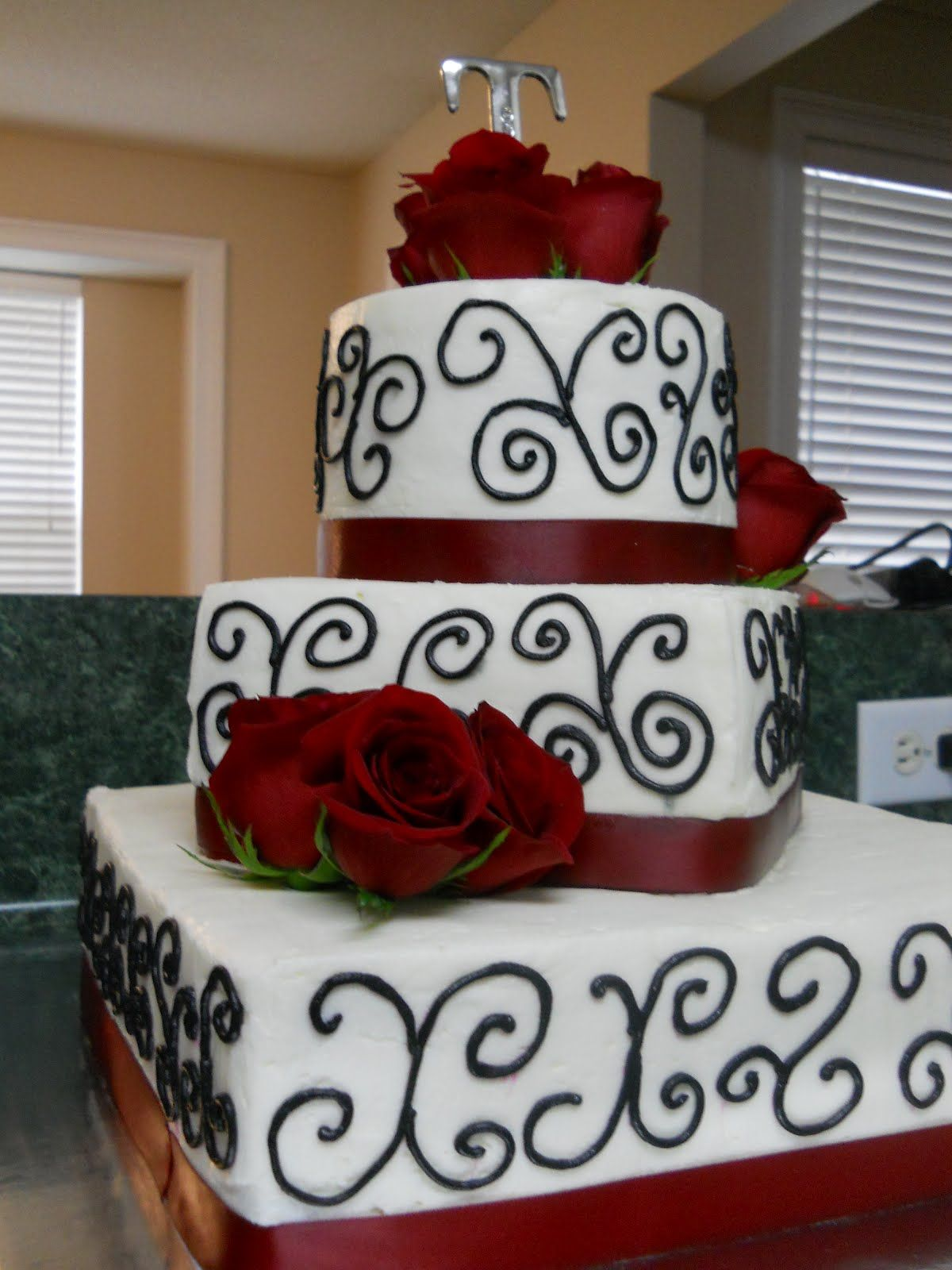 red and black wedding cake images wedding receptions in black and images search 19067