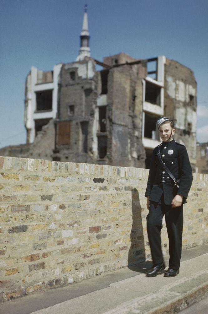 런던 대공습을 기록한 놀라운 컬러 사진들을 보라! | ナチスドイツ ...