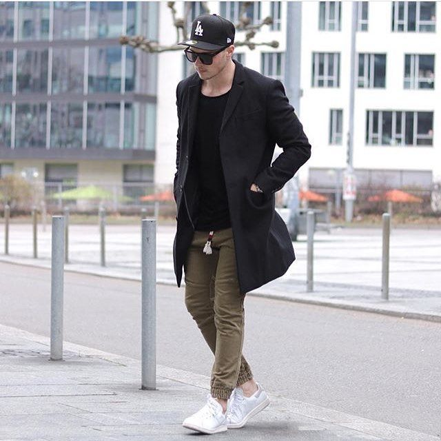 @streetfashionchannel Tag @locamenstyle on your pics for your chance to get featured Contact admin: @angelsoukos Follow: @Locavideoz Follow: @doctors_ig #fashion#swag#style#stylish#swagger#jacket#menshair#pants#shirt#instalifo#handsome#polo#dapper#guy#boy#man#model#tshirt#shoes#menswear#mensfashion#jeans#suit#menstyle#dapperman#streetphotography#estilo#doctor#moda by locamenstyle