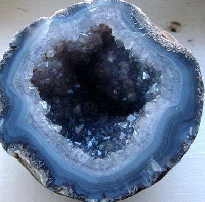 geode | Crystals, Crystals minerals, Minerals and gemstones