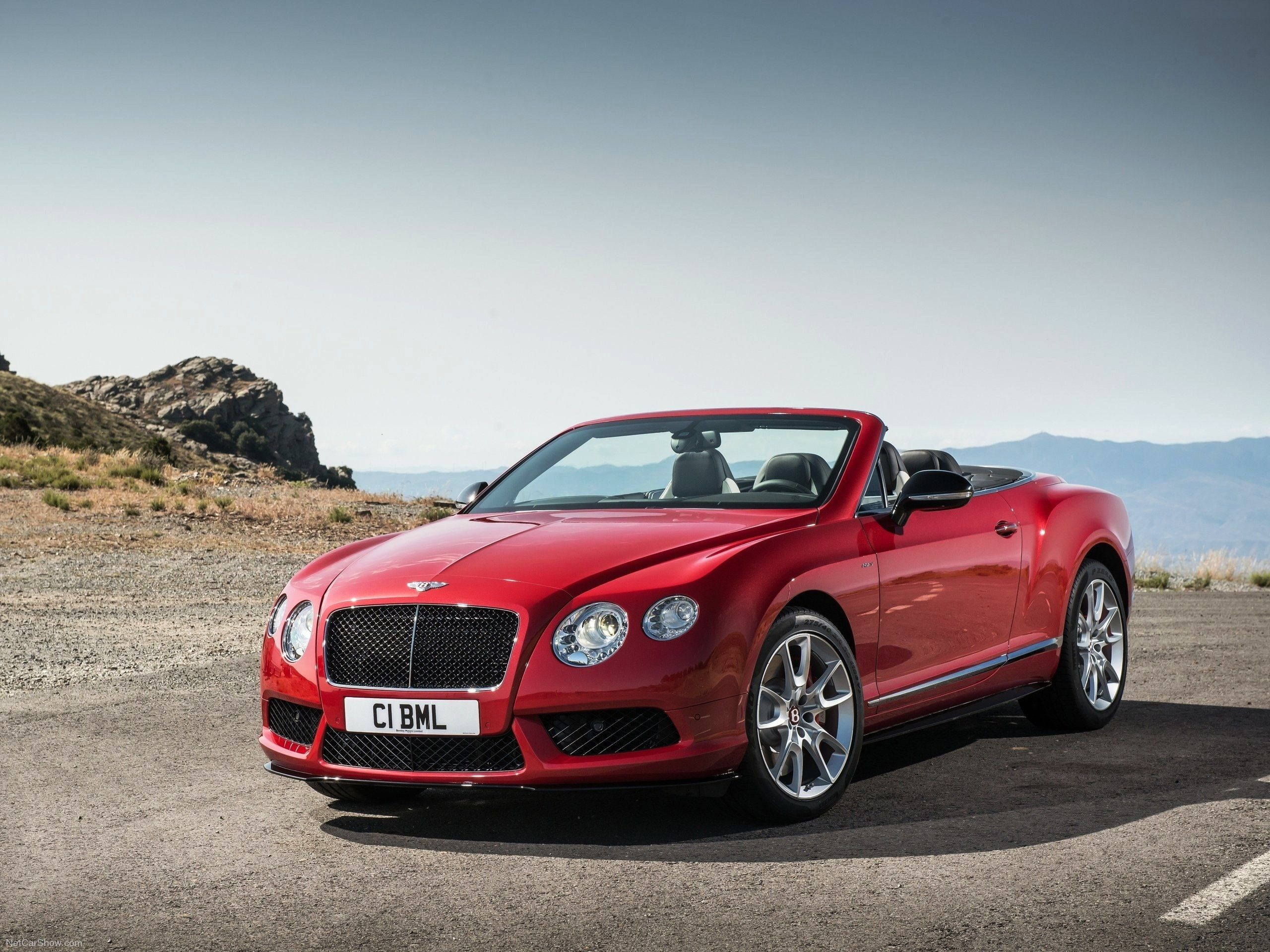 news manufacturer red gt bentley for review ford autoguide mustang com sale convertible