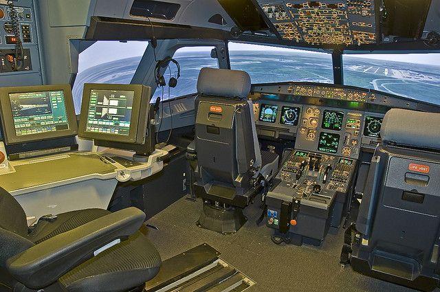 Airbus 319 / 320 Full Flight Simulator Cockpit by a penny