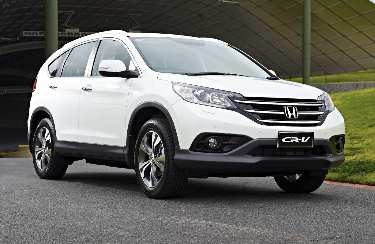 Kể từ khi được ra mắt ở thị trường ô tô tại Việt Nam thì dòng xe Honda CR-V đã nhanh chóng lấy được danh hiệu dòng xe SUV với doanh số bán chạy nhất .