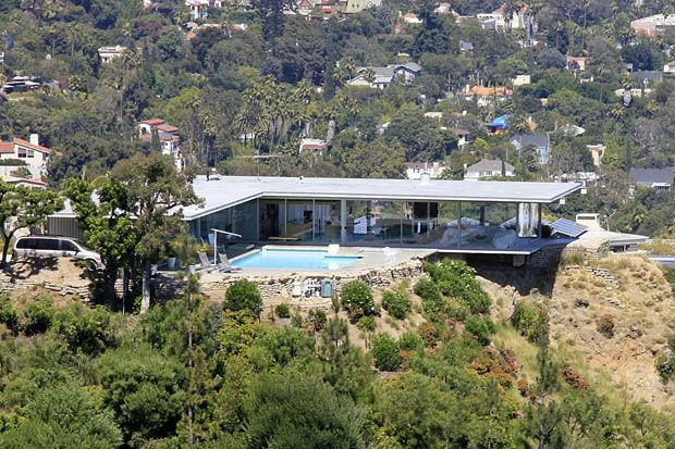Case Study No     by Pierre Koenig       Woods Drive  West Hollywood        photographer  Julius Shulman