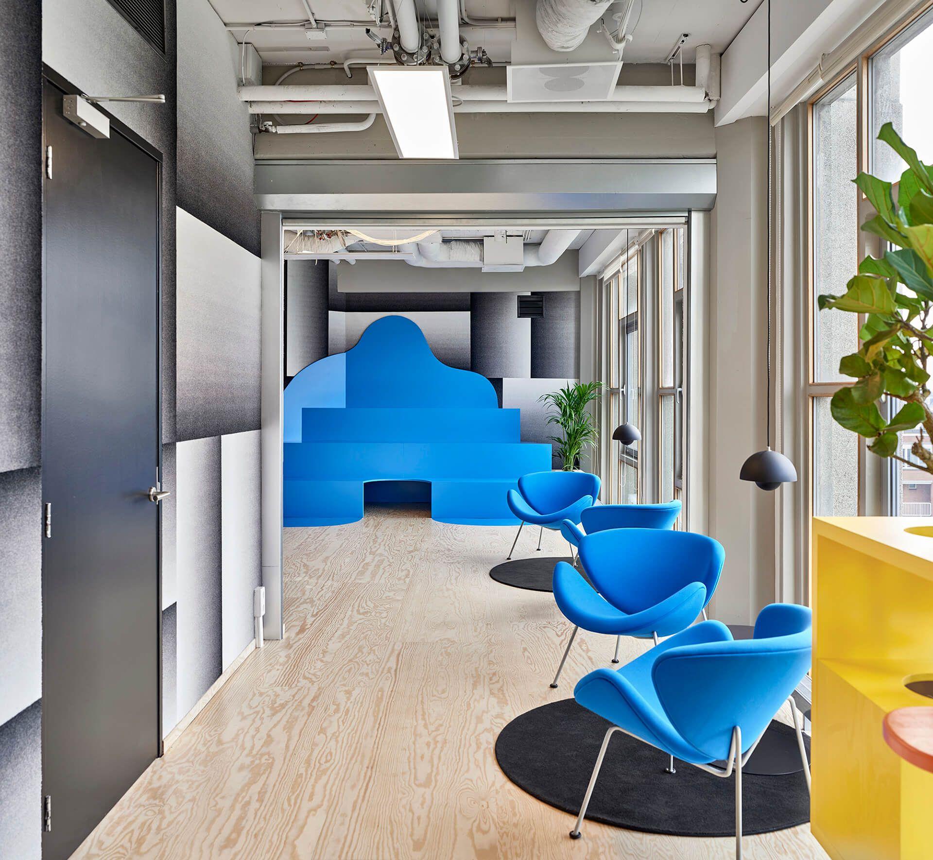 Urban jungle office, Burle Marx style StudioSpass takes