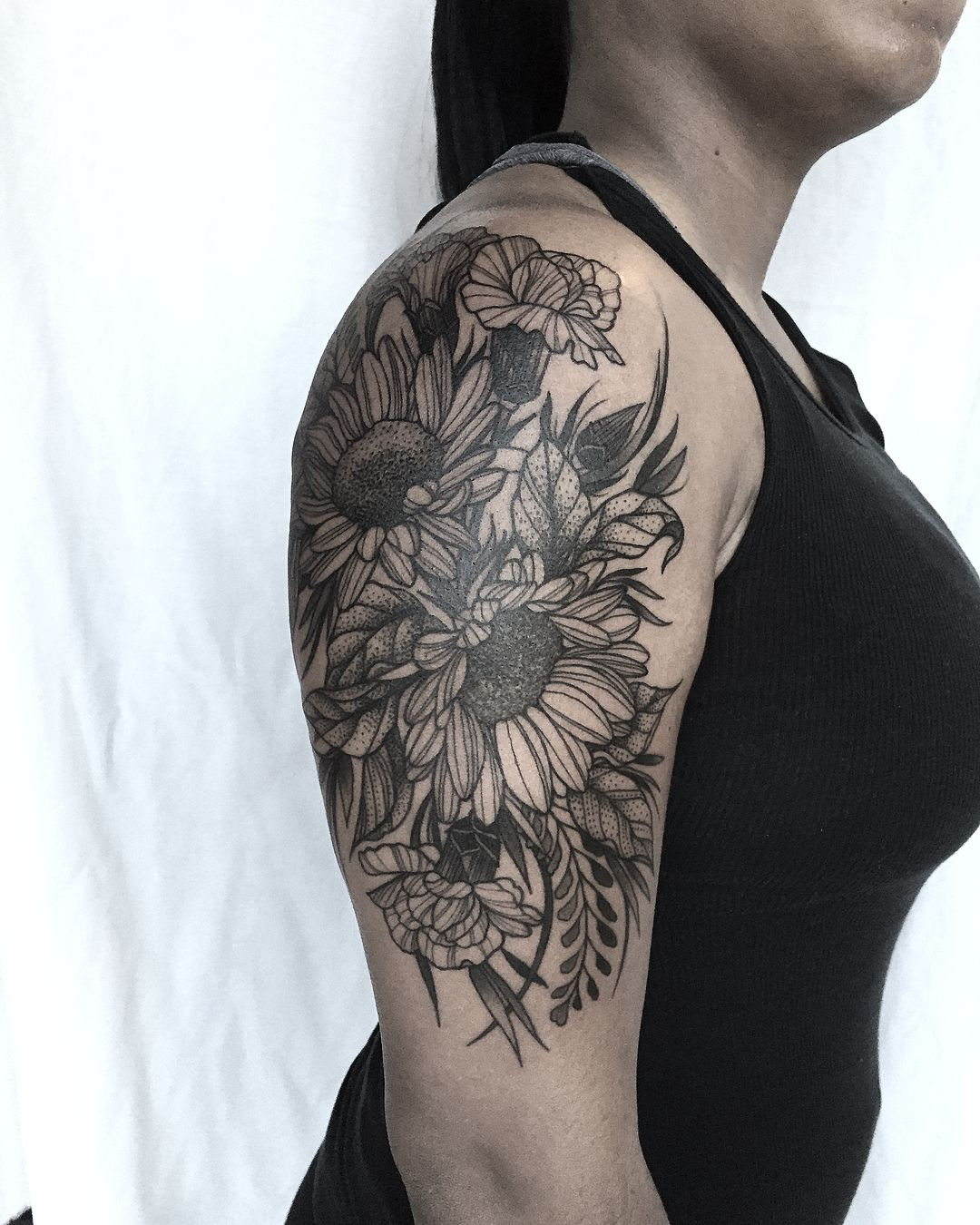 94 Likes 3 Comments Kelsey Moore Kelsey Moore Tattoo On Instagram Thanks Alina Chicagotattooartist Ch Botanical Tattoo Tattoo Artists Chicago Tattoo