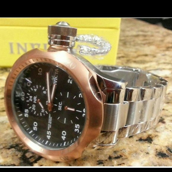 InVicta Mens Watch Brand New InVicta Mens Russian Diver Venom Hybrid - High polish stainless steel bracelet.  Comes w/tags and box. ****Will sale for 155 outside of poskmark Invicta Accessories Watches