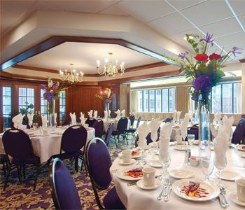 Milwaukee wedding reception venues/Hampton Inn & Suites wedding ...