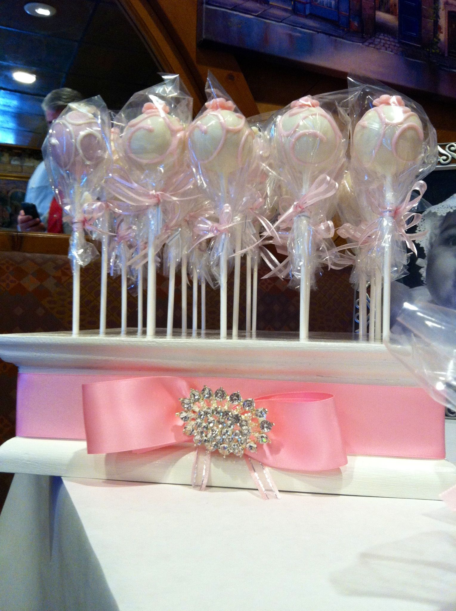Janine S Cake Art : Delicious cake pops by Janine Brown (fb) and cake pop ...