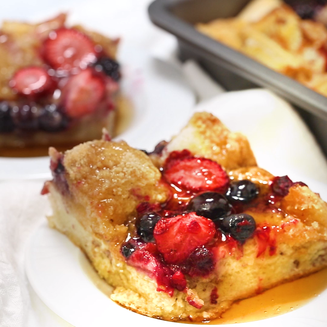 Overnight French Toast Casserole with Berries - I