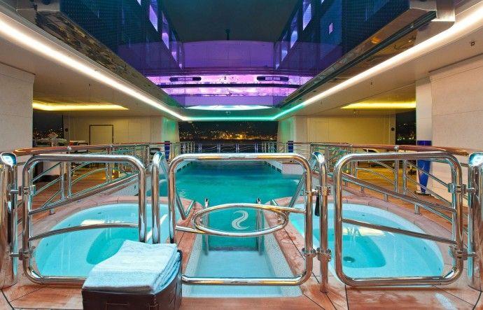 Serene Yacht - Les 10 plus belles piscines de yachts !
