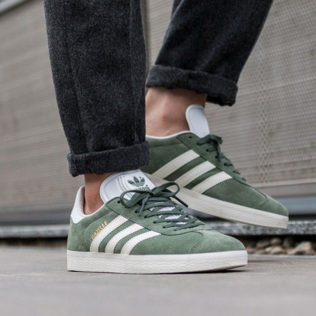 3fad468235b0 Trace green adidas Gazelle on feet on the street...   Adidas lover ...
