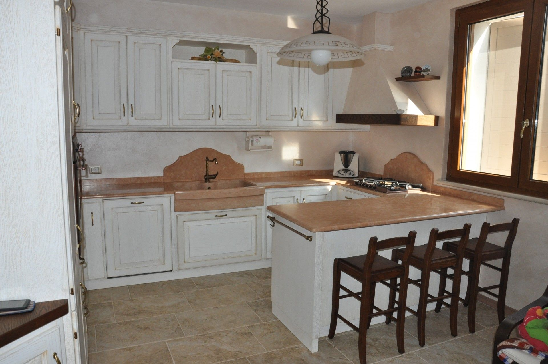 Penisole cucine country cucina in legno con penisola. fadini