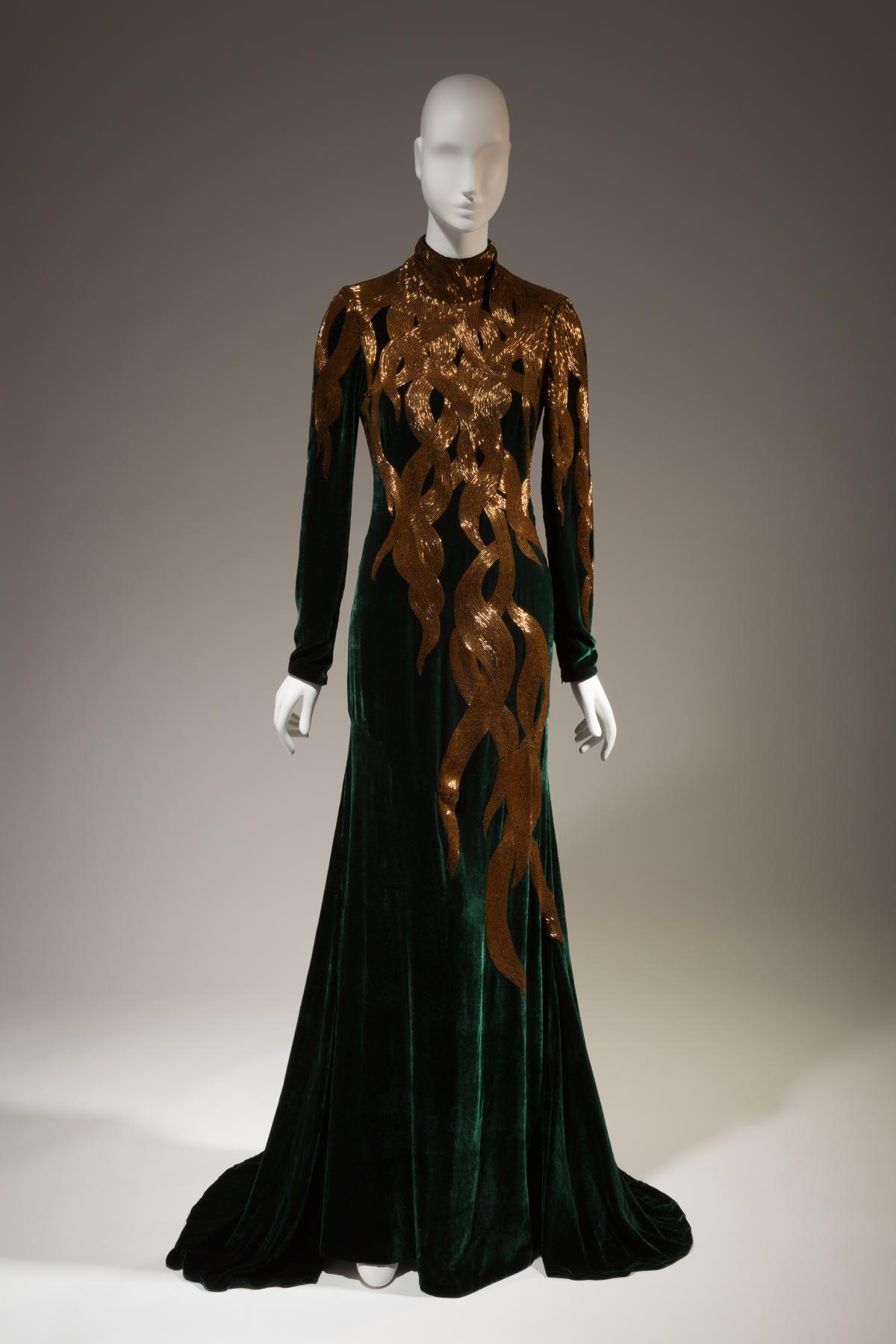 """""""Rapunzel"""": Alexander McQueen, dress, fall 2007, England. Photo: The Museum at FIT."""