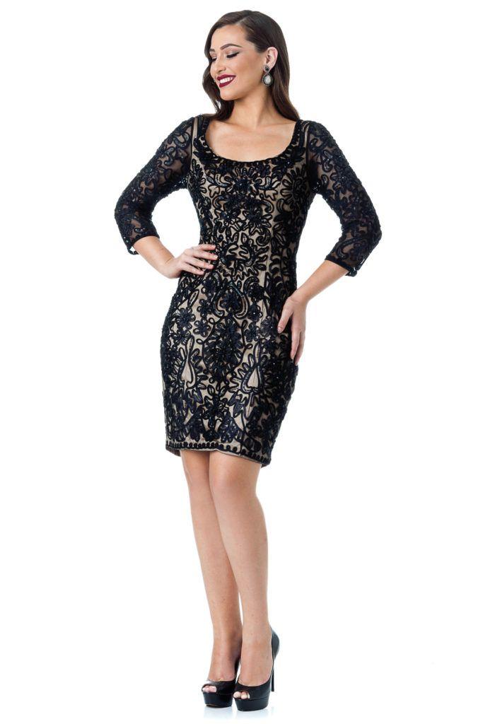 Short Chic - Vestido curto com forro nude com aplicações na cor preta. #glam #fashion #cool #ootd #cute #style #trends #aboutalook