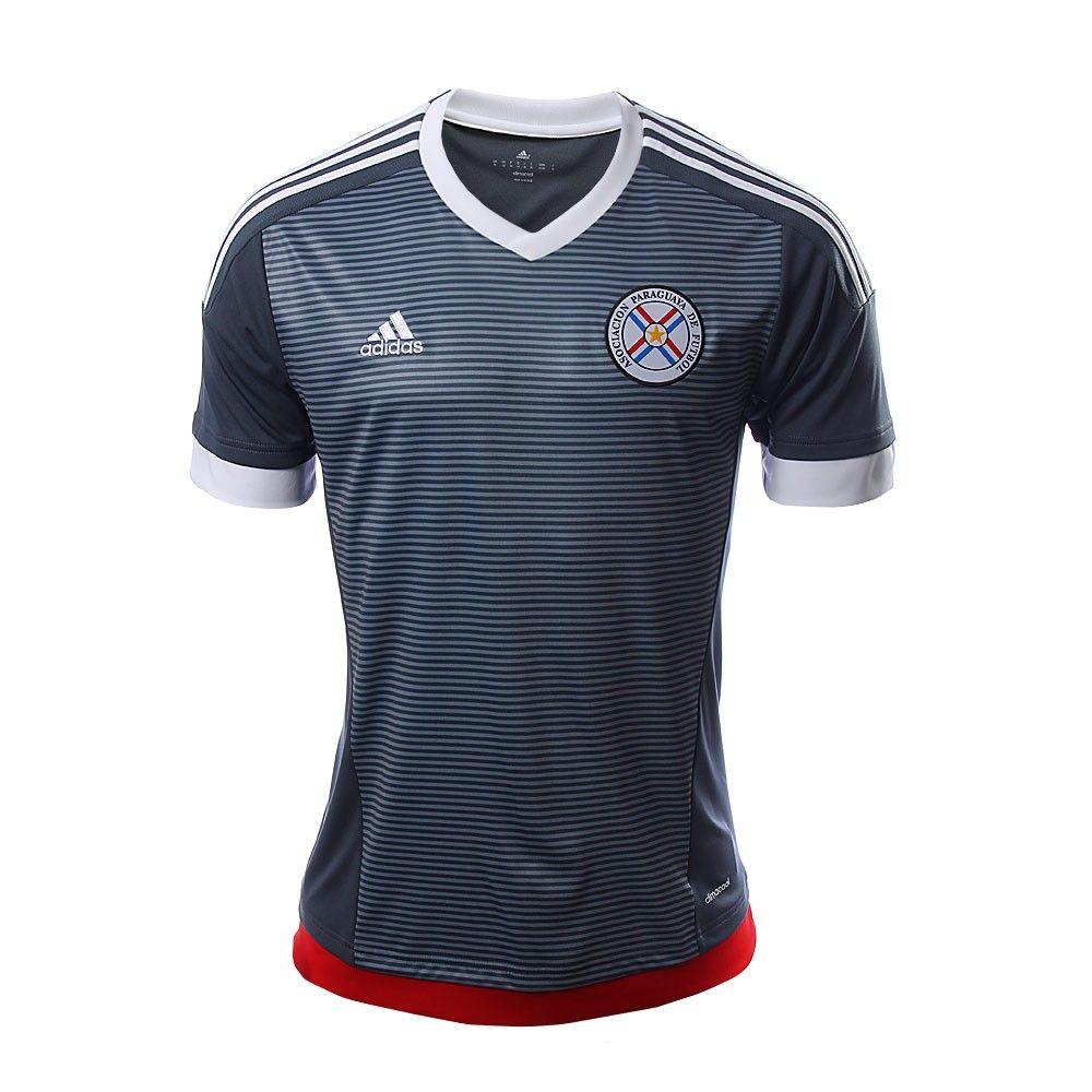Ponte la camiseta y apoya a la selección de futbol de Paraguay con el  jersey de 6f23ba8f24798