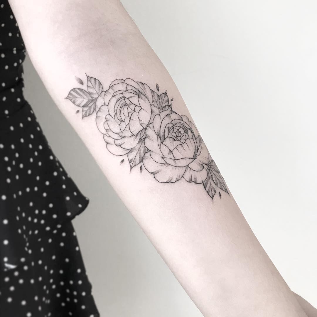 Encontre o tatuador e a inspiração perfeita para fazer sua ...