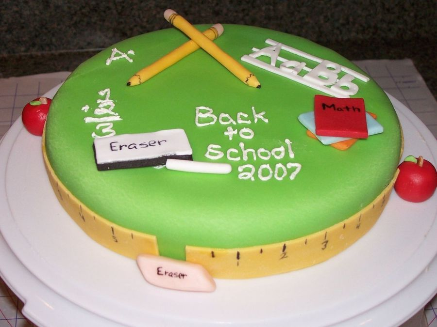 Back To School With Images School Cake Cake Cake Decorating