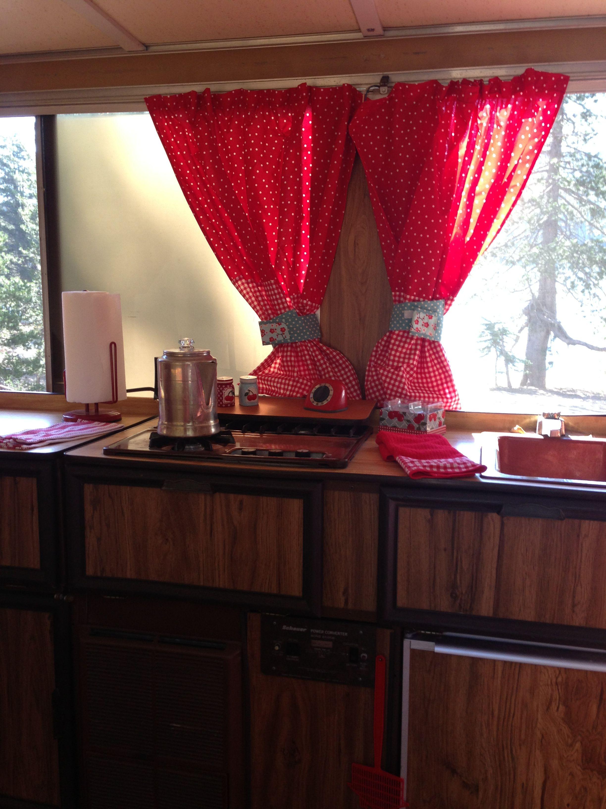 Kitchen decor in 1977 Apache pop up camper | My DIY list