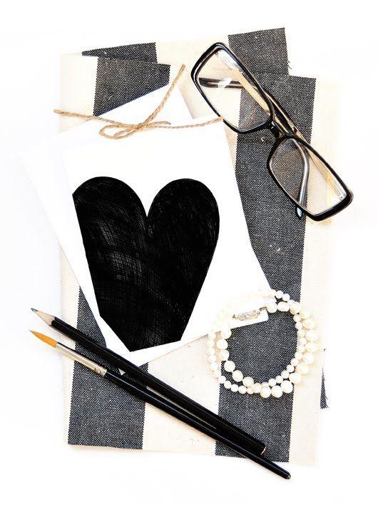 Coco Chanel inspired DIY Valentine Card from Mariya Miteva (Ornamelle).