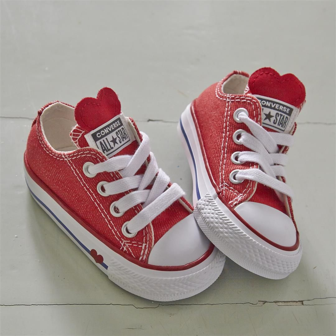 7fd2910bb5c9be  converse Allstar Low Infant Trainers in Red Emamel Red Heart ❤ ❤ ❤  kids   converse