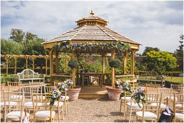 The Secret Garden Wedding Venue Nr Ashford, Kent | hitched ...