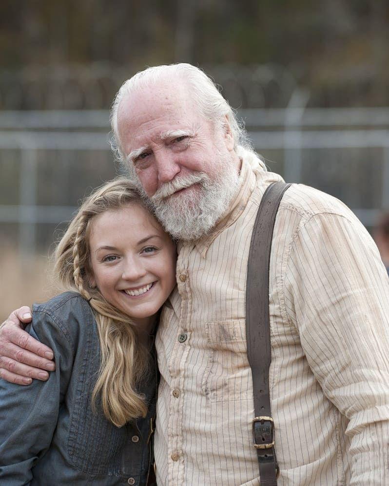 Pin De World Of Walking Dead En Pasta The Walking Dead Walking Dead Series Y Peliculas