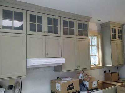 Double Stacked Wall Cabinets Gl On Uppers To Break It Up Visually Can Fine Glware And Items You Use Infrequently Here