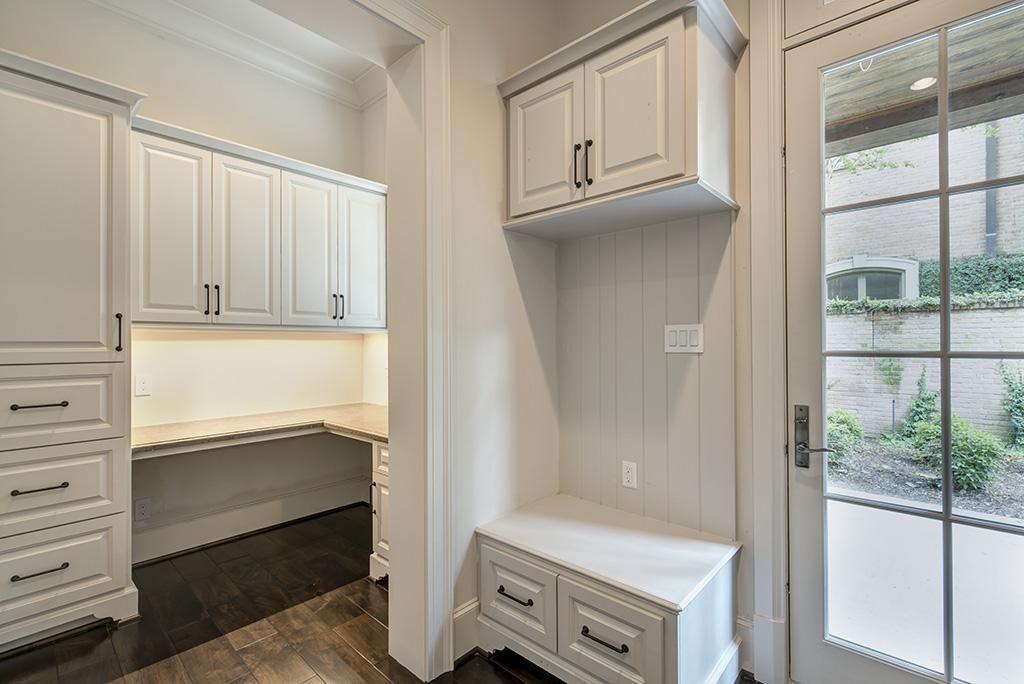2111 PINE VALLEY, HOUSTON, TX 77019 | Pine valley, Built ...