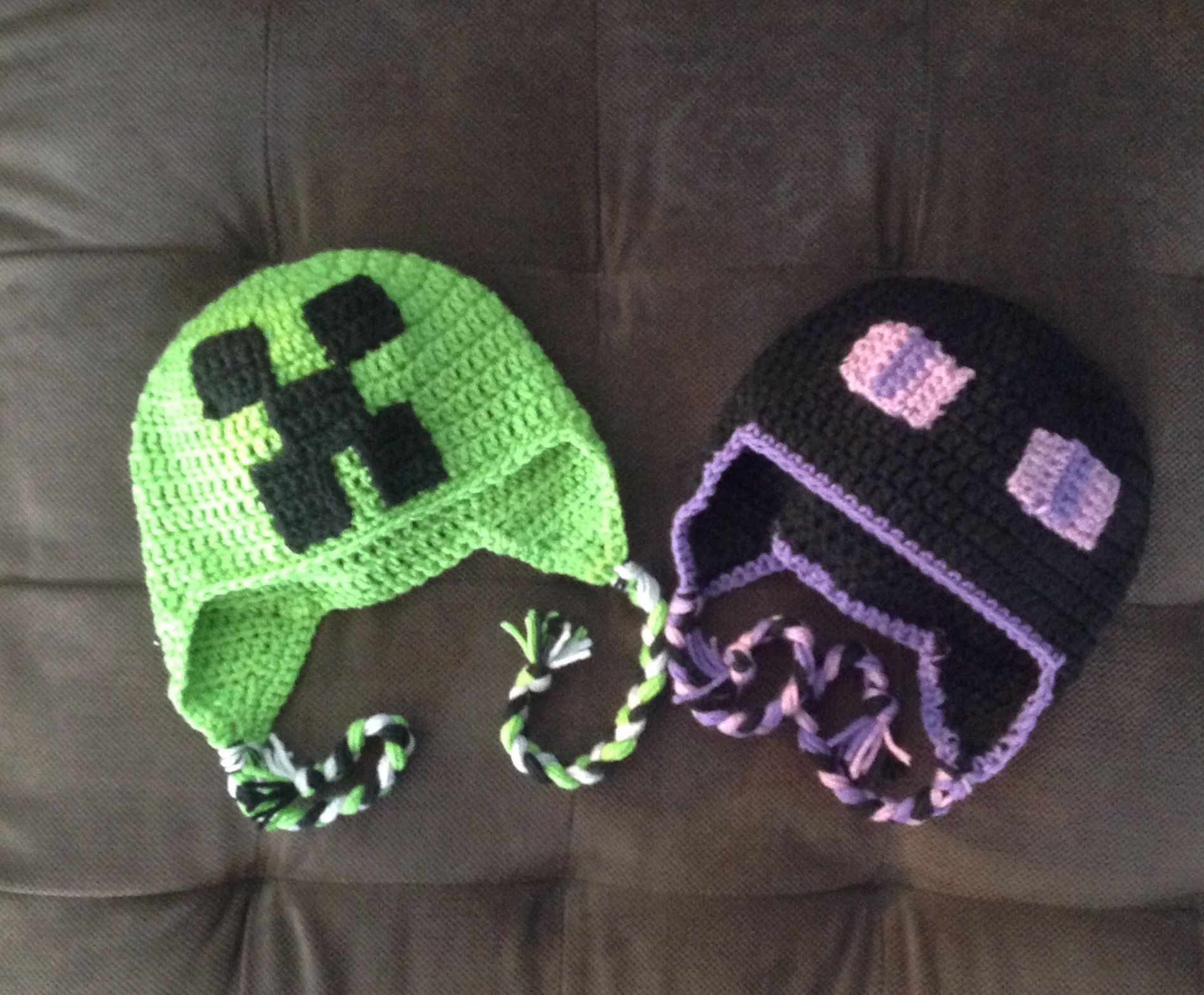 06dfa10808650 Crochet Creeper and Enderman. Minecraft hats Gorros De Lana