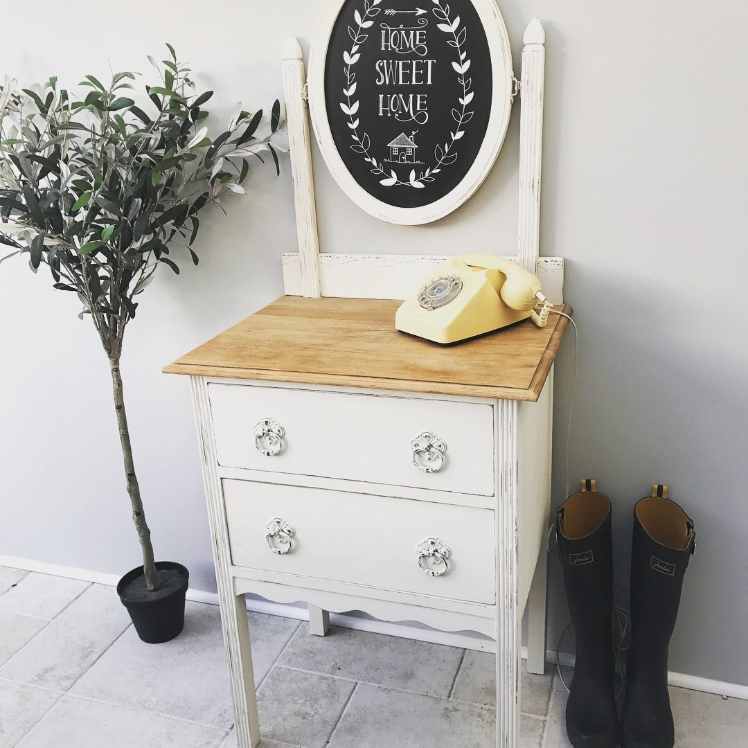 White painted solid wood entry table with welcome chalkboard | Ideas ...